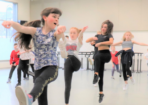 Floss, Bop and Pop Workshop